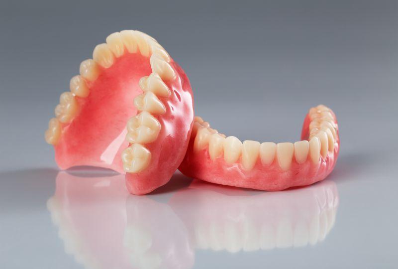 Meine neue Zahnprothese aus Ungarn – günstig und schnell